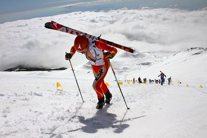Kilian Jornet en la Vertical Etna Race de la Copa del Mundo 2012