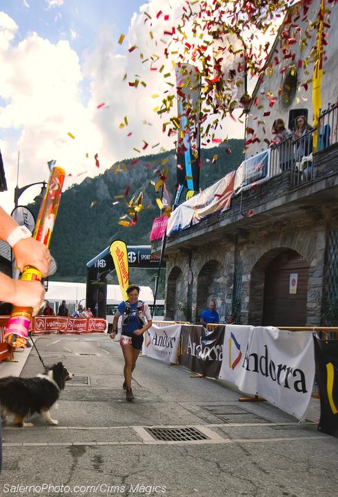 Nerea Martínez llegando a meta la primera de la Ronda dels Cims en la Andorra Ultra Trail Vall Nord
