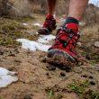 Pies de un corredor de montaña