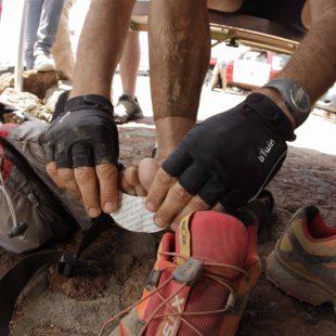 Curándose los pies en la Transvulcania 2012