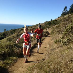 Anna Frost liderando la TNF 50 San Francisco