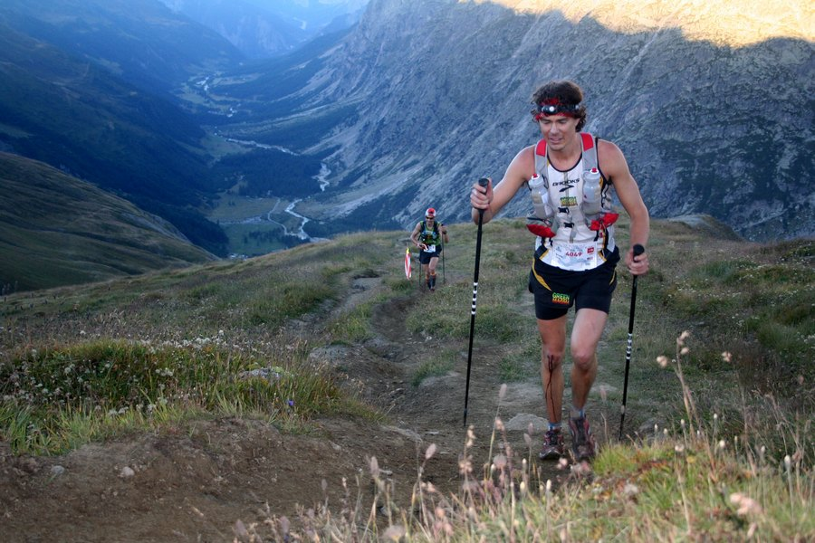 Scott Jurek durante una de sus participaciones en el Ultra Trail Mont Blanc