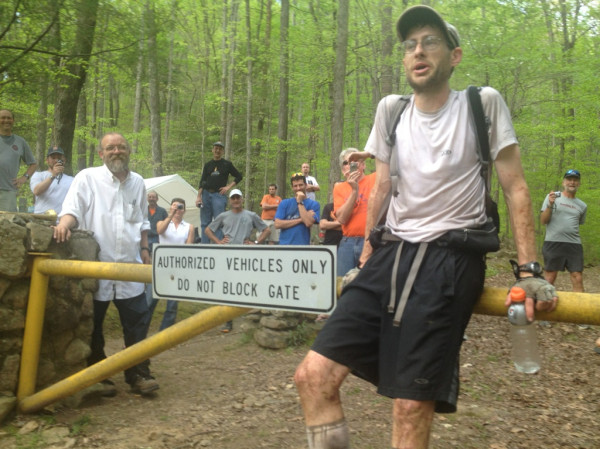 Brett Maune al finalizar la Barkley Marathons