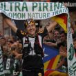 Núria Picas tras cruzar la línea de meta de la Ultra Pirineu 2014