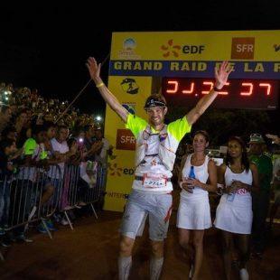 François DHaene celebra su victoria en la Diagonale des Fous