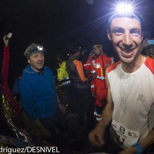 Kilian Jornet feliz tras ganar el Kilómetro Vertical Limone y proclamarse Campeón del Mundo Kilómetro Vertical 2014