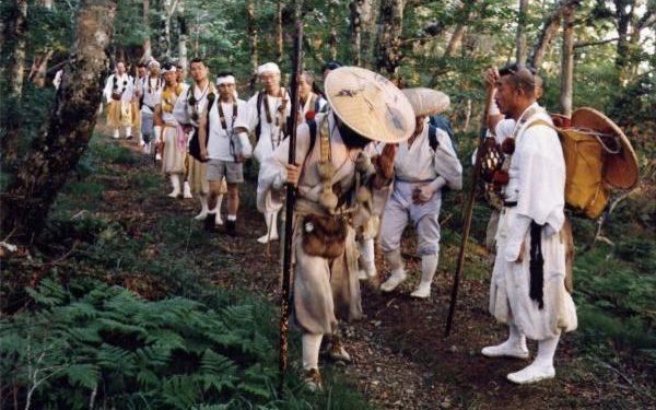 Monjes del monte Hiei en plena peregrinacion