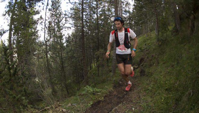 Kilian Jornet llega a meta ganador Ultra Pirineu 2015