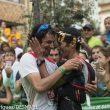 Kilian Jornet (ganador) felicita a Zaid Ait Malek que llegó a meta en segunda posición. Ultra Pirineu 2015