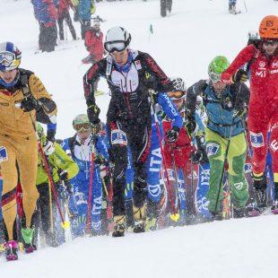 Kilian Jornet en la salida Individual Race Copa Mundo Esquí de Montaña celebrada en Fot Blanca 2016