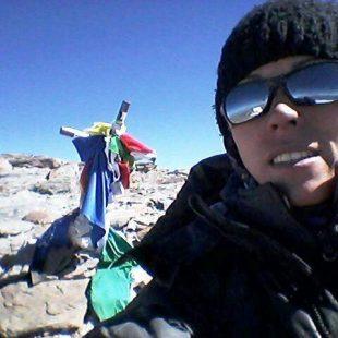 Chabela Farías en la cima del Aconcagua