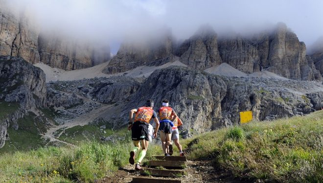 Corredores durante la Dolomites Skyrace 2012