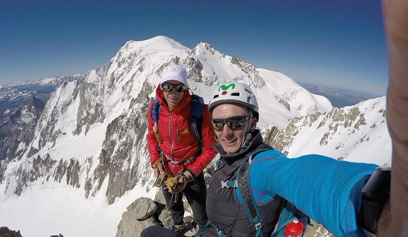 Kilian Jornet y Karl Egloff en la cima del Mont Blanc