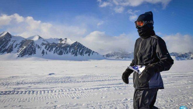 Glen Avery durante el Maratón de la Antártida