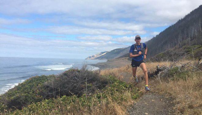 Hayden Hawks corriendo cerca de Orick
