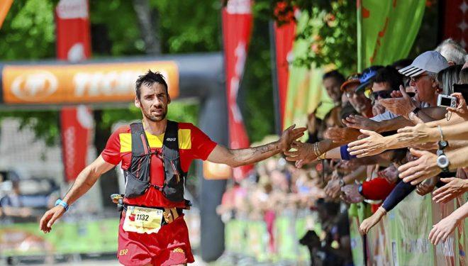 Luis Alberto Hernando llegando a meta Campeonato Mundo Ultra Trail Annecy (IAU Trail World Championships 2015)