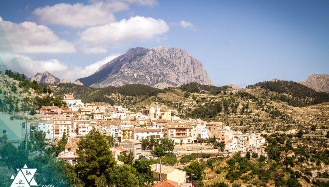 El Puig Campana visto desde Sella
