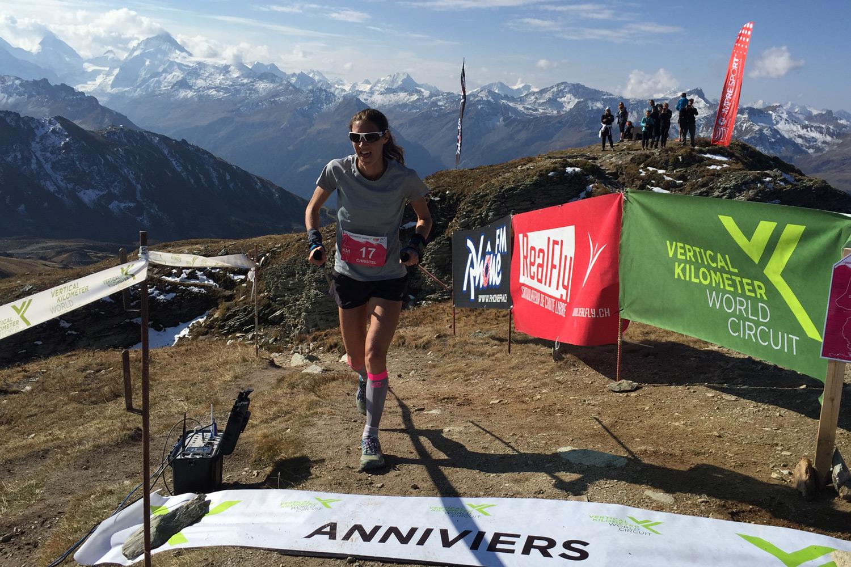 Christel Dewalle entrando en la meta del KM Chando 2017