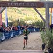 Ruth Croft entrando en la meta del Grand Trail des Templiers 2017