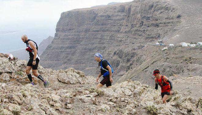 Corredores en la Haria Extreme 2015