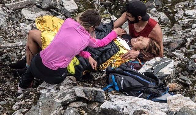 Hillary Allen tras caer en la Tromso Skyrace 2017