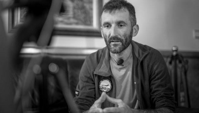 Greg Vollet durante la entrevista realizada en Ultra Pirineu 2017