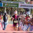Mónica Vives entrando en la meta de Transgrancanaria Advanced 2018, en la que se proclamó campeona de España