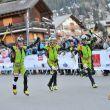 Llegada de los tres primeros chicos de la Patrouille des Glaciers 2018: Michele Boscacci (izda), Matteo Eydallin y Robert Antonioli