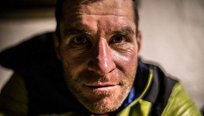 Ryno Griesel en su intento de récord en el Great Himalaya Trail en marzo de 2018