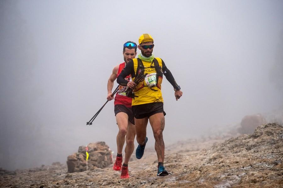 Efrén Segundo (delante) y Juanjo Somohano en la Transgrancanaria Advanced 2018