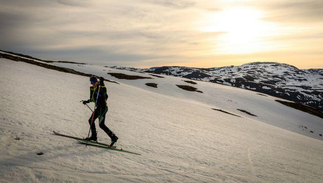 Lars Erik Skjervheim en su récord de desnivel superado con esquís en mayo de 2018.
