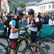 Greg Vollet y Biel Rafols en la salida del Marathon du Mont Blanc 2018, preparados para grabar