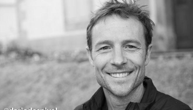 El corredor por montaña Adam Campbell. 2018