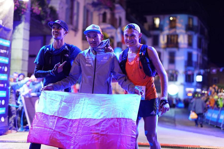 Podio masculino de la TDS 2018: Dyla Bowman (izda), Marcin Swierc y Dmitry Mityaev