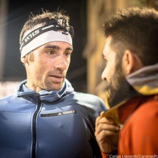 Luis Alberto Hernando conversando con un periodista antes de Ultra Pirineu 2017