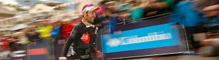 Jordi Gamito entrando tercero en la meta del UTMB 2018