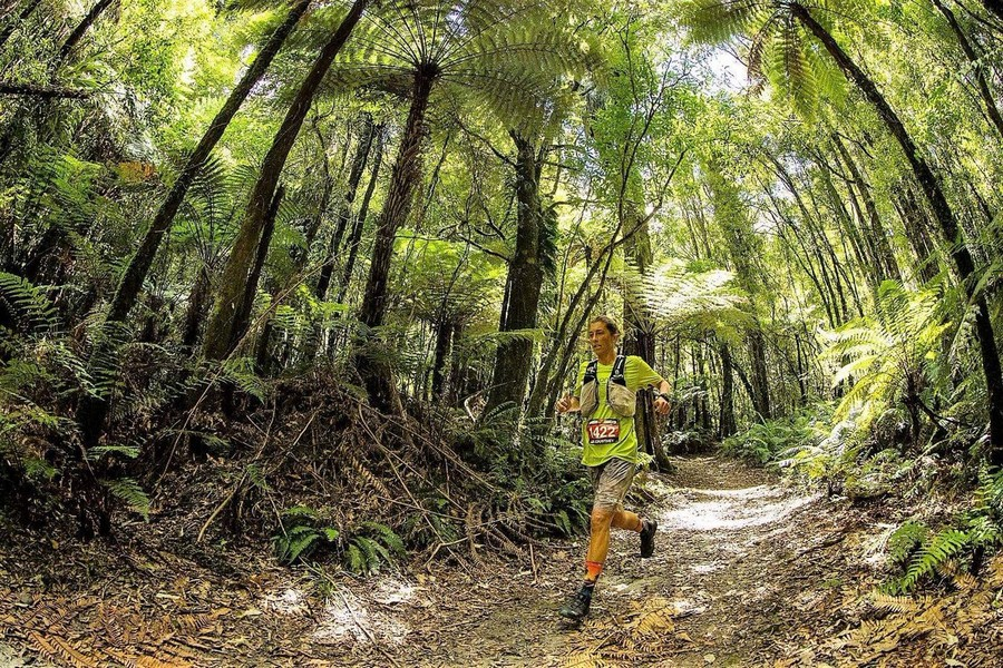 Courtney Dauwalter en la Tarawera Ultramarathon 2019
