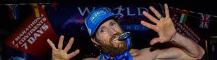 Mike Wardian tras finalizar el World Marathon Challenge 2019