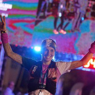 Azara García en la meta de Reventón Trail 2019