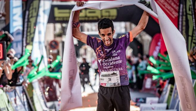 Zaid Ait Malek en la meta del Marató de Borrio 2019