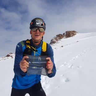 Karl Egloff en el volcán Cayambe en enero de 2021