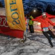 Silvia Lara tomando la curva de la rampa de subida a meta del Snow Running Sierra Nevada 2021