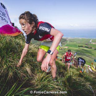Virginia Pérez Mesonero en la subida al Tolio, en el Trail Costa Quebrada 2019