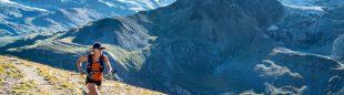 Hillary Gerardi correriendo en el Mettelhorn, Zermatt, Switzerland.