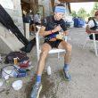 Ana Tauste avituallando en Benasque en el Gran Trail Aneto-Posets 2021