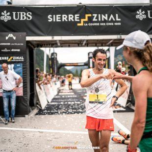 Kilian Jornet en la meta de Sierre-Zinal 2021, que ganó